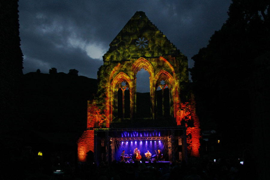 Llangollen Fringe Finale at the Valle Crucis Abbey 2016